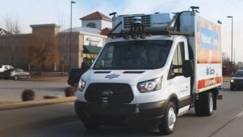 Mira los camiones autónomos de reparto de Walmart