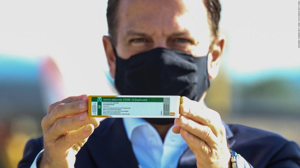 Brasil podría sancionar a quien no se vacune