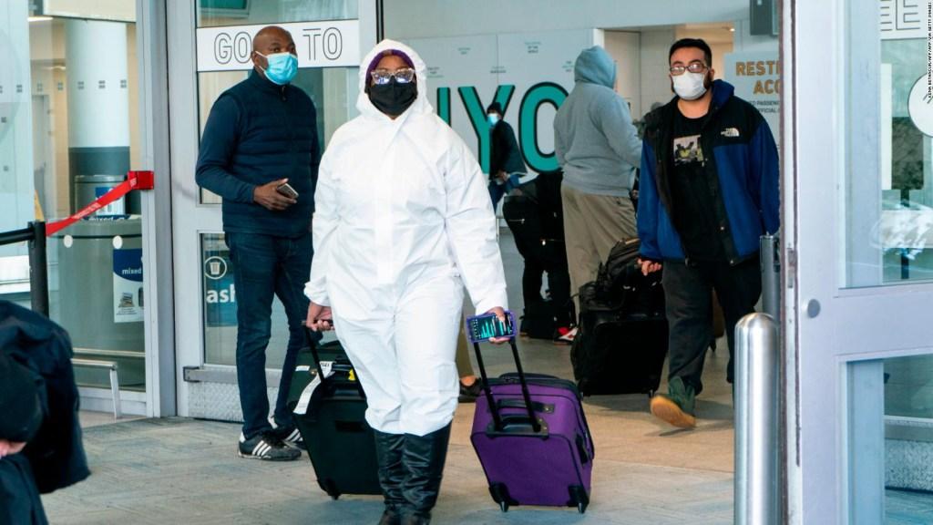 Los viajes aéreos no cesan pese a la pandemia de covid-19
