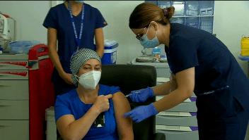Así fue la primera vacunación contra el covid-19 en Chile