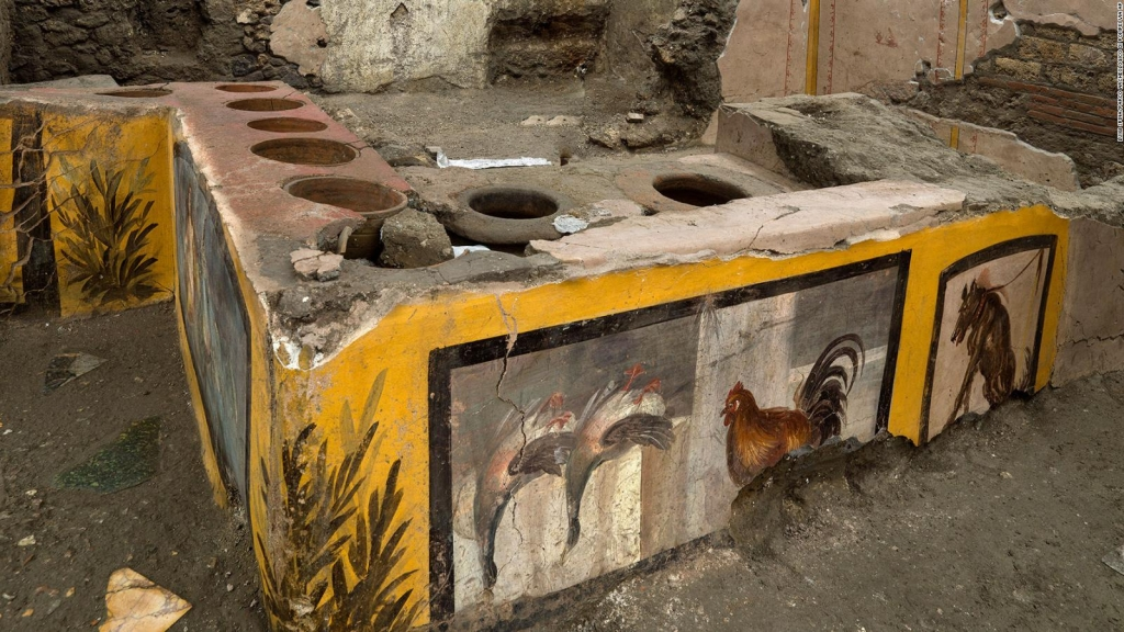 "Descubren la primera ""barra de botanas"" antigua en Pompeya"