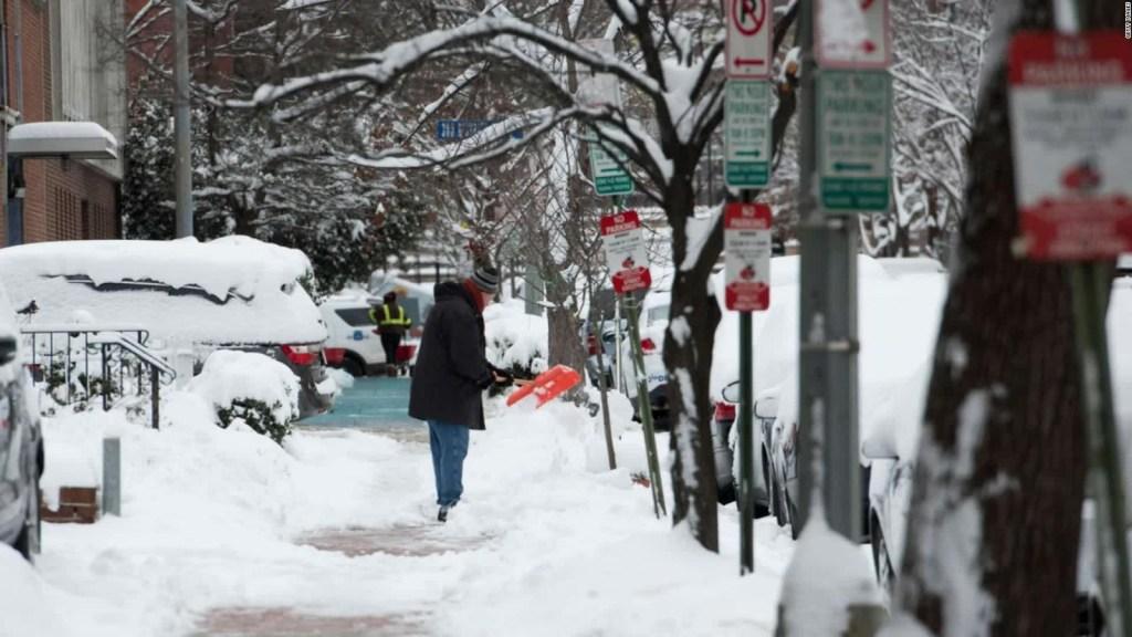 Alerta invernal en 17 estados de Estados Unidos