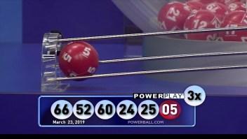 Mega Millions y Powerball acumulan premios millonarios