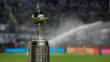 Santos y Palmeiras buscan la gloria en la Libertadores