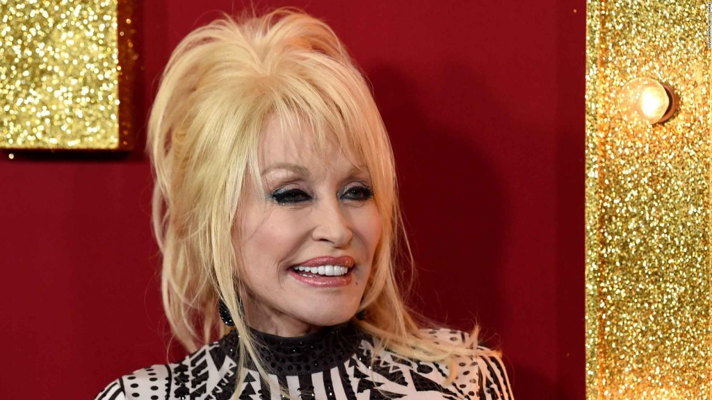 Proponen estatua de Dolly Parton en Tennessee