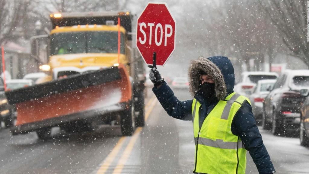 Alerta en EE.UU: fuertes vientos, nevadas y lluvias