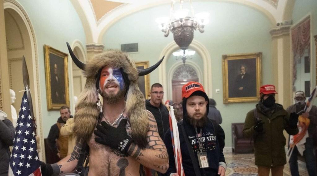 ¿Quiénes son los agitadores que asaltaron el Capitolio?