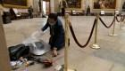 Legislador ayudó a limpiar el Congreso tras disturbios
