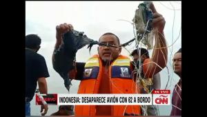Continua la búsqueda de avión en Indonesia