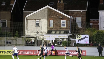 Histórico juego entre el Tottenham y equipo de Octava División