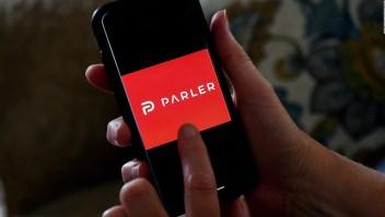 El sitio web Parler vuelve a estar en línea