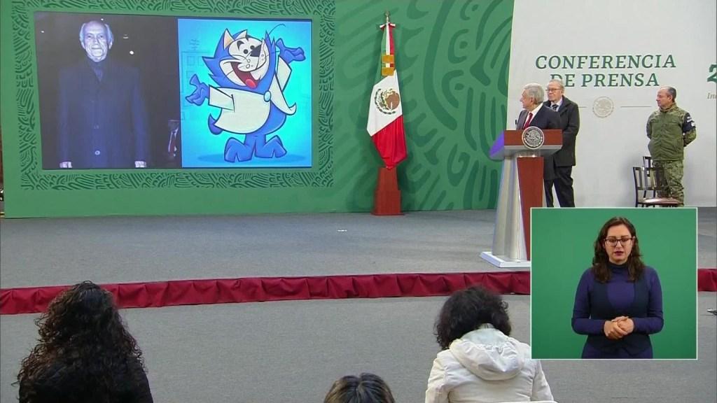 Benito Bodoque llega a la conferencia de López Obrador
