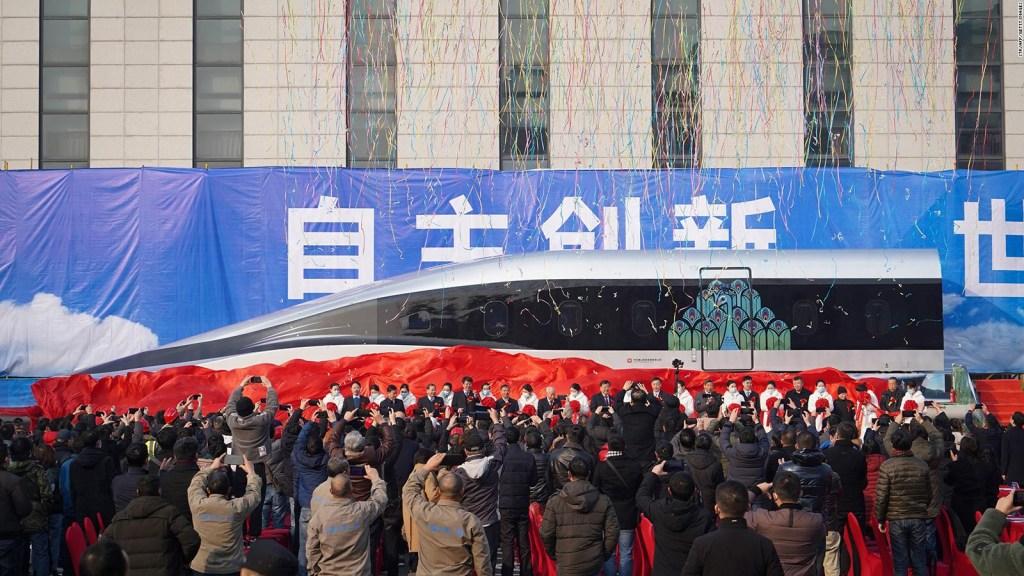 China presenta su prototipo de tren que alcanza 620 km/h