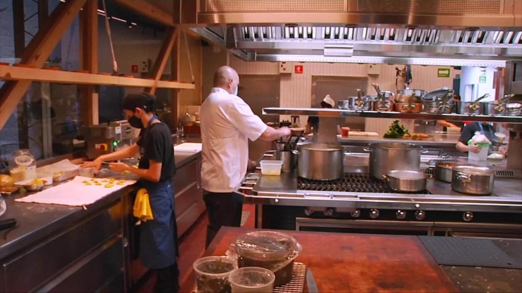 Restaurantes podrán usar el espacio público