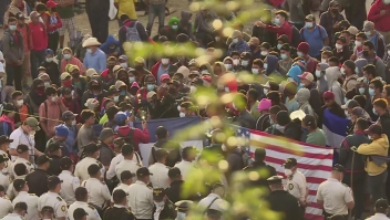 """""""Tenemos necesidad"""", dicen migrantes de caravana"""