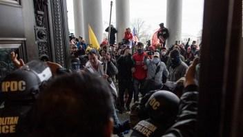 Nuevas imágenes perturbadoras del ataque al Capitolio