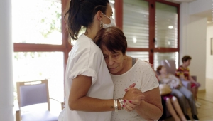 ¿Puede la música ayudar a la salud mental de adultos mayores?