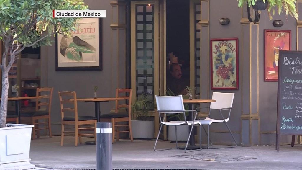 """""""Vasos vacíos"""", campaña de reapertura de bares en México"""