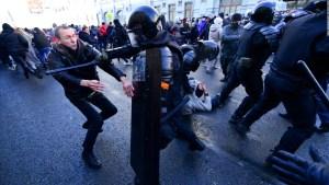 Seguidores de Navalny protestan en Rusia por su arresto
