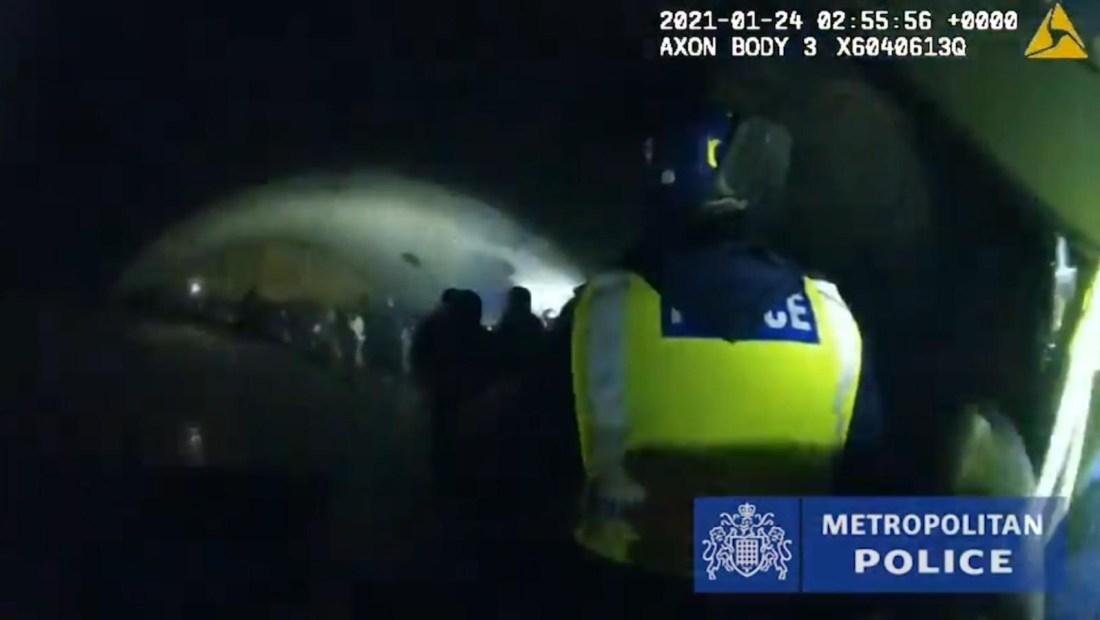 Policía disuelve una fiesta electrónica de 300 personas
