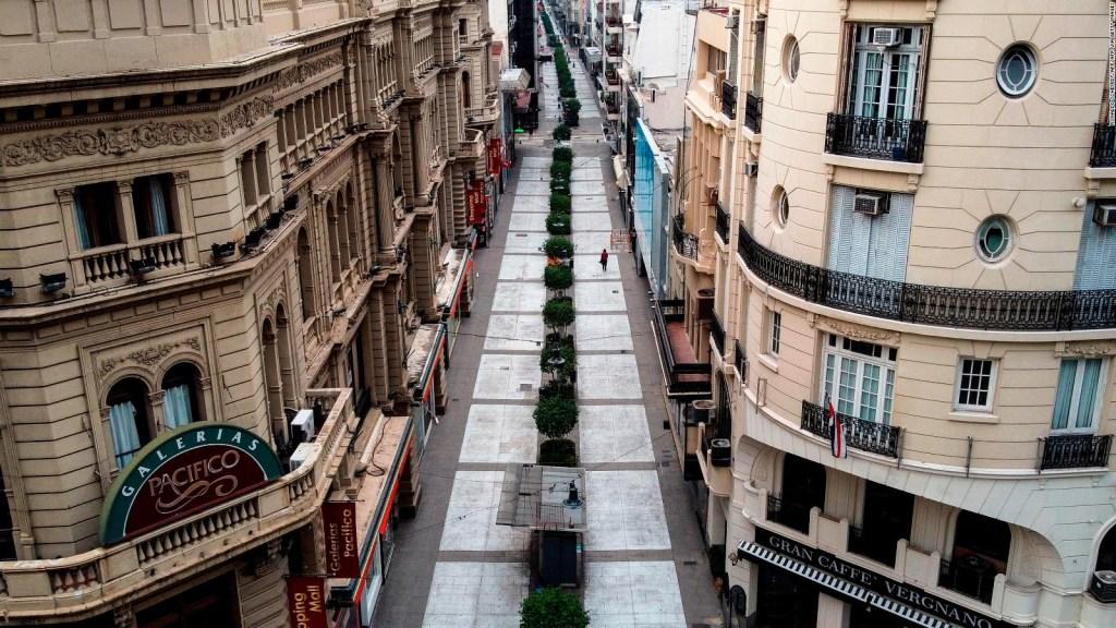La icónica calle Buenos Aires que lucha por sobrevivir
