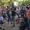 Ministro de Cultura de Cuba enfrenta a periodista en protesta