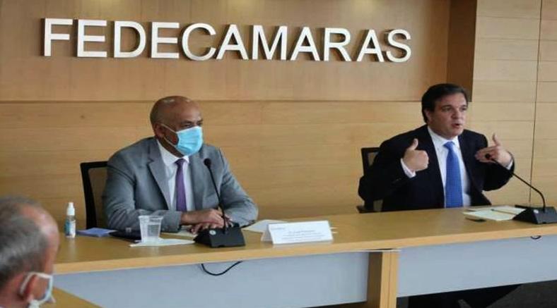 Gremios de empresarios e industrias de Venezuela se reúnen con el Parlamento de Maduro