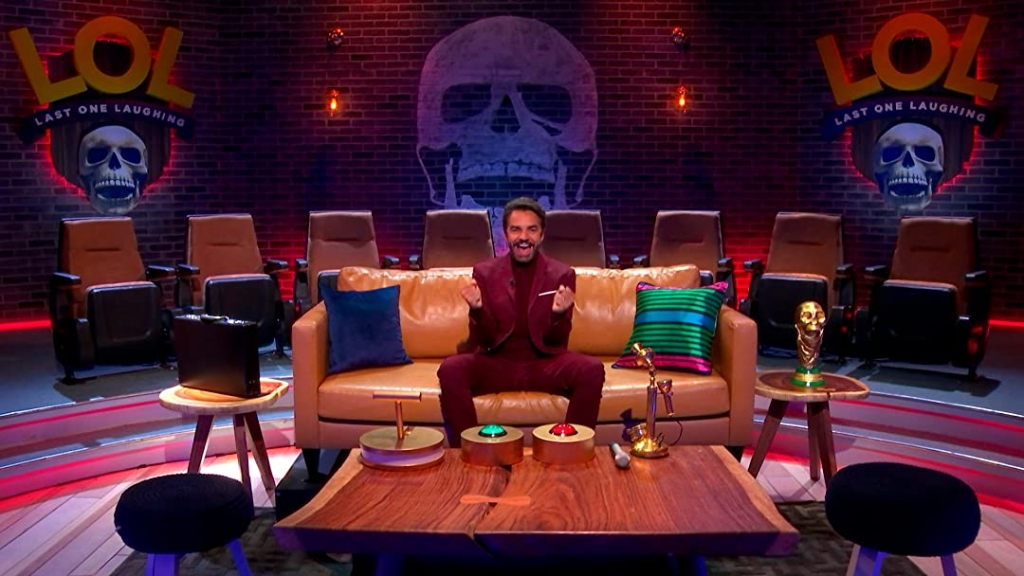 Debido al éxto obtenido con las temproadas antriores, Eugenio Derbez regresa con LOL: Last One Laughing en donde habrán talentos prometedores que harán todo para ganar el primer lugar (Foto Amazon Prime Video)