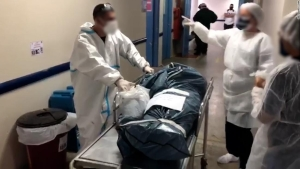 Manaos está colapsando nuevamente. ¿Tiene la culpa una nueva variante del coronavirus?