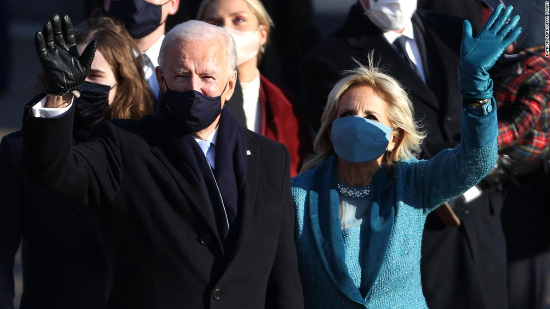 Biden changes the US instantly, but difficult Challenges ahead