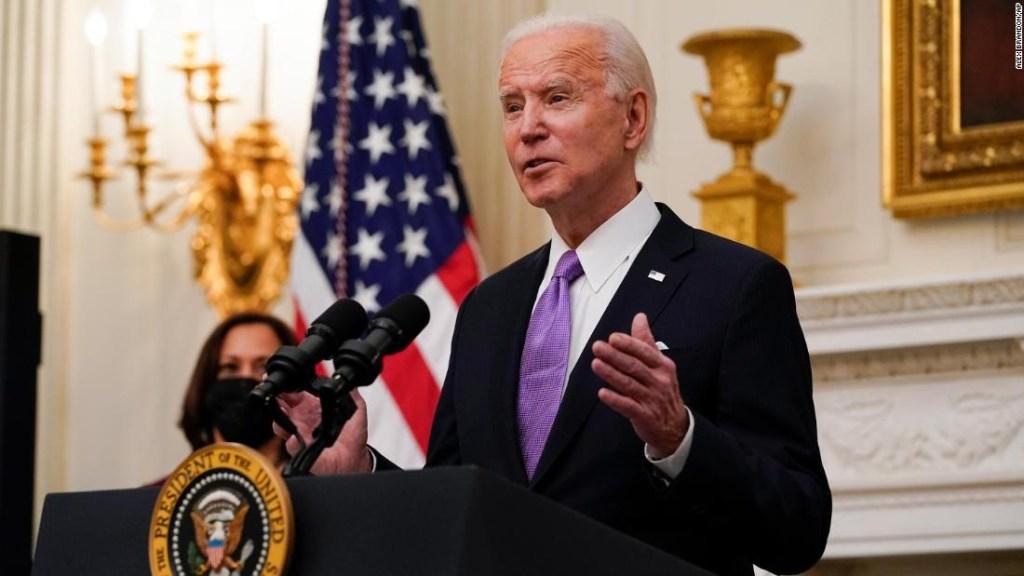 ANÁLISIS | Las grandes apuestas del nuevo plan de covid-19 de Biden