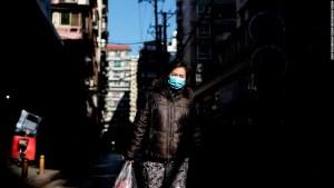 Un año después del encierro, Wuhan regresa a la vida normal, pero todavía está atormentado por cicatrices emocionales
