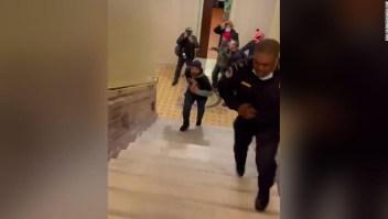 policía turba capitolio medalla-de-oro-del-congreso