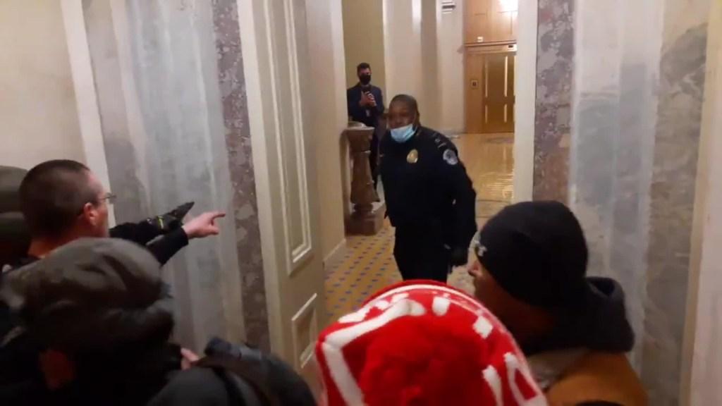 Pence estuvo más cerca de atacantes al Capitolio de lo pensado