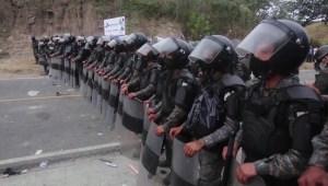 Guatemala toma medidas ante avance de caravana migrante