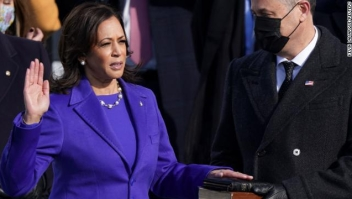 Kamala Harris jura como vicepresidenta de EE.UU.