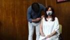 Cristina Férnandez recibe primera dosis de vacuna Sputnik V