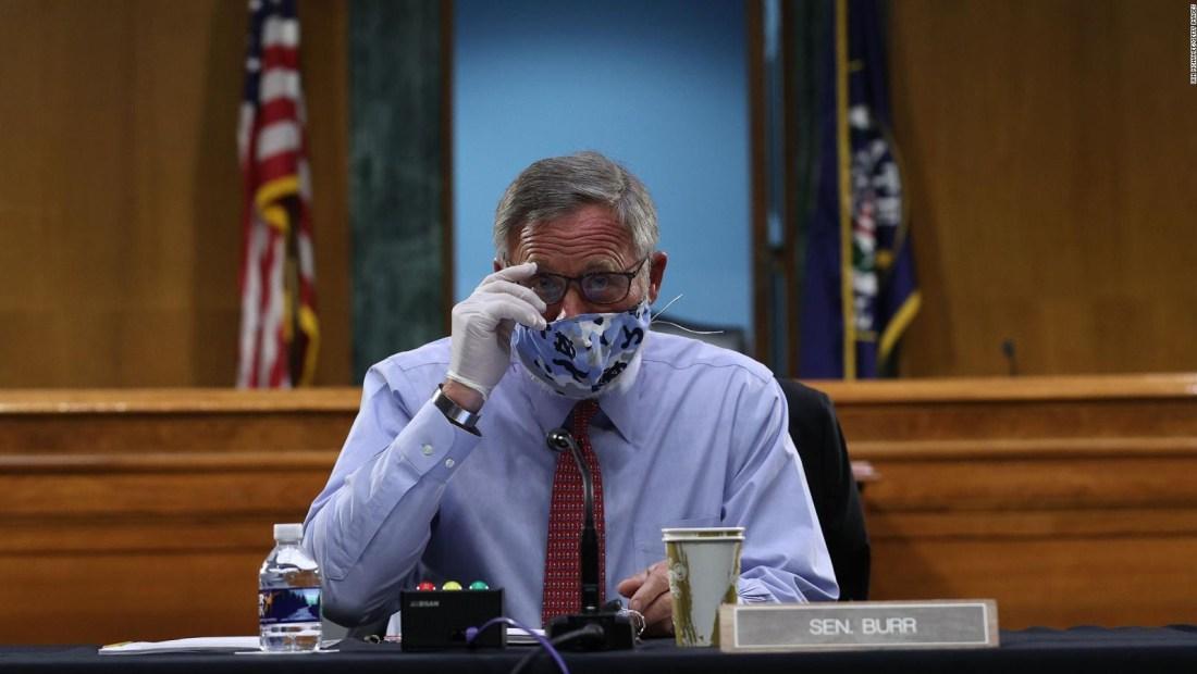Voto de senadores en juicio a Trump divide a republicanos