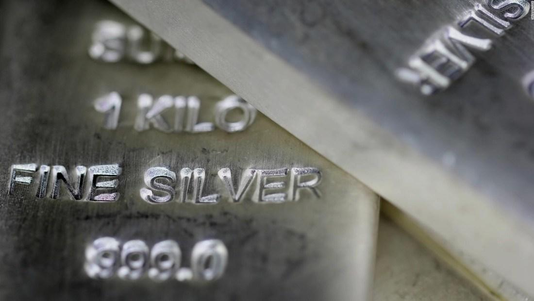 Inversionistas de Reddit apuntan a metales preciosos