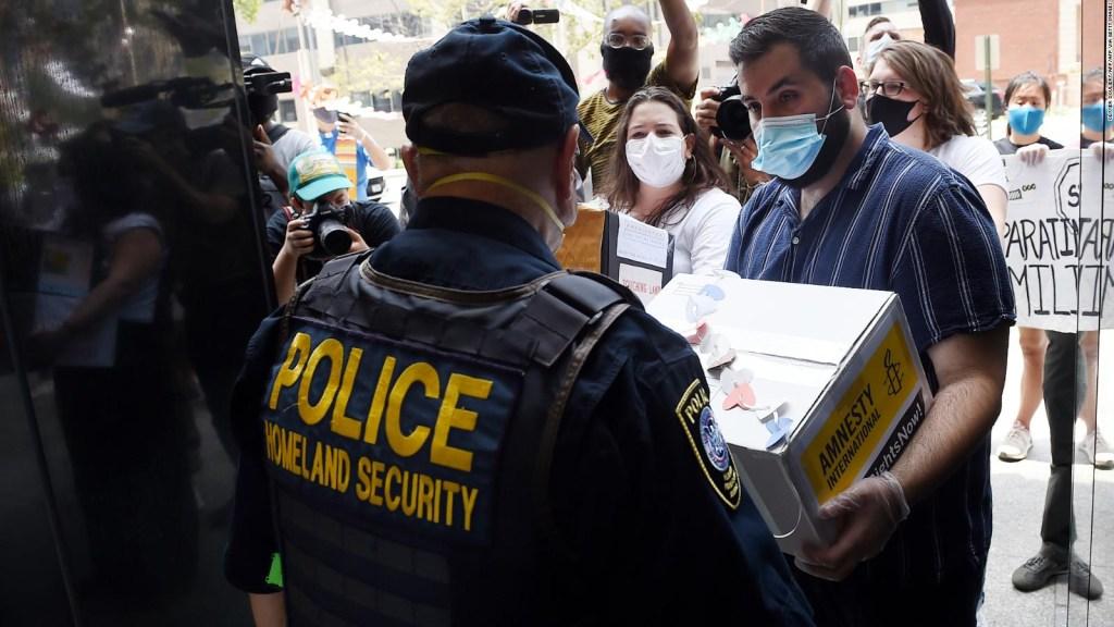 Biden impulsa apertura hacia refugiados y solicitantes de asilo