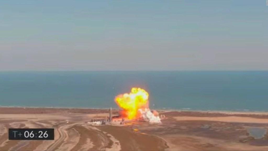 Guarda l'esplosione del razzo SpaceX