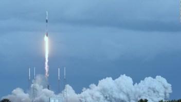 Alistan que civiles viajen al espacio por primera vez