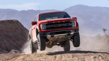 Mira la nueva Raptor F-150 de Ford en acción