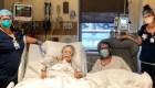 Enfermeras preparan cena romántica en hospital