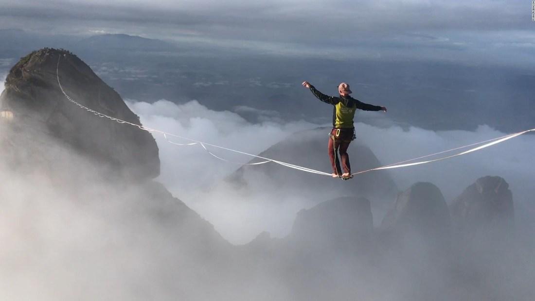 Así es hacer equilibrismo en lugares extremos