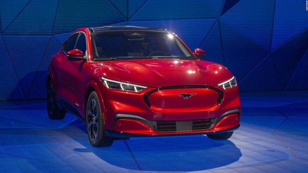 Ford apuesta en grande por vehículos eléctricos