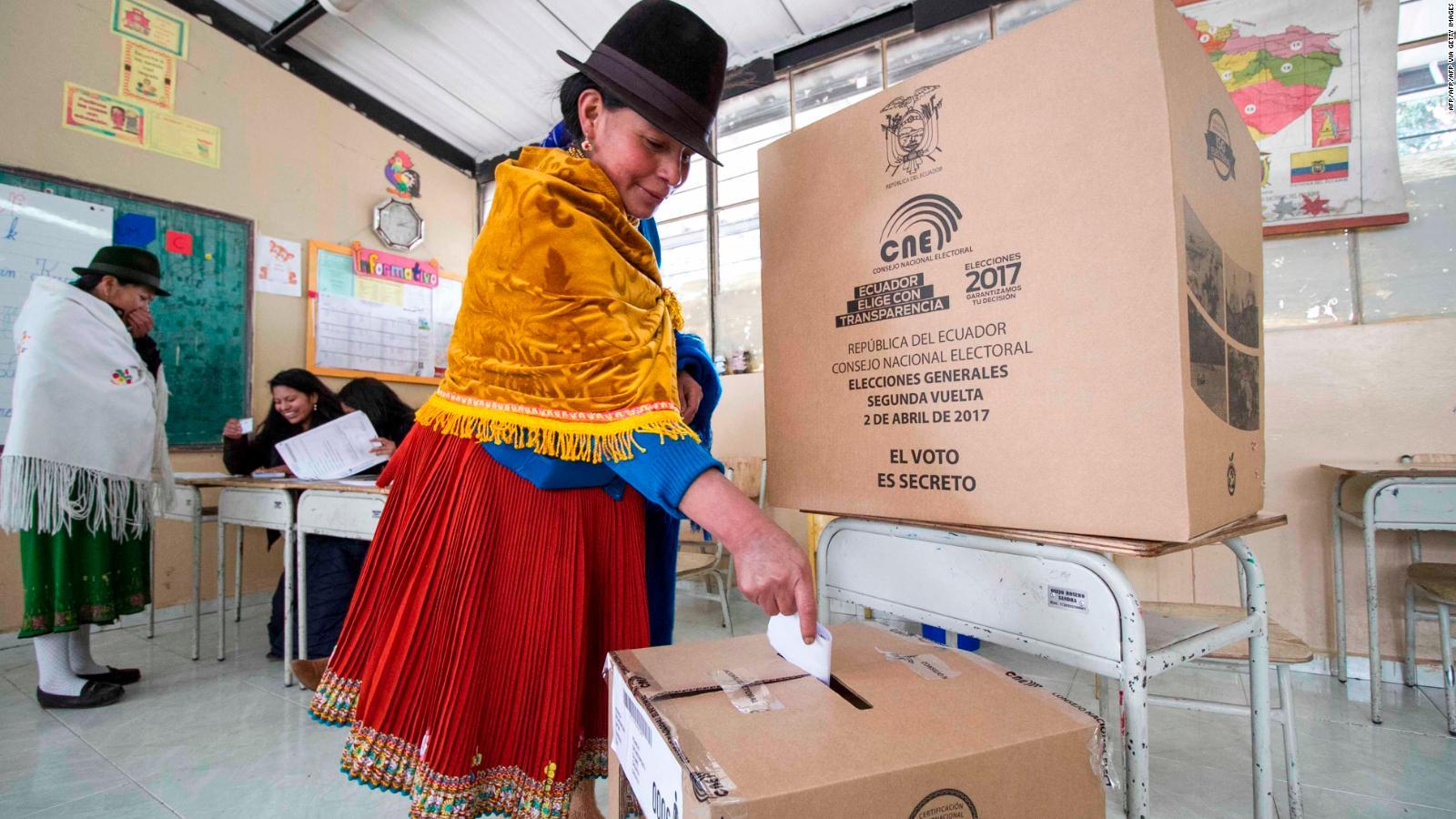 Ecuador: 13 millones de personas están habilitadas para elegir al próximo  presidente   Video   CNN
