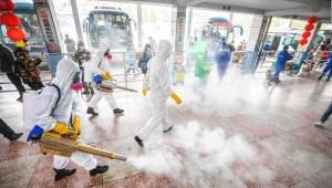 China pide evitar viajes para fiestas de Año Nuevo Lunar