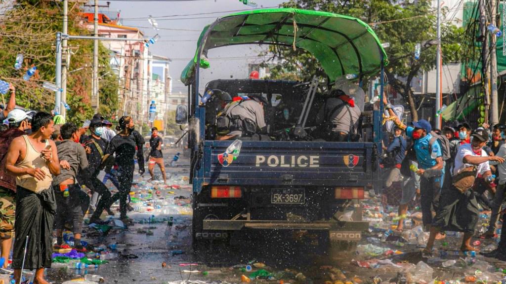 5 cosas: Myanmar liberará a 23.000 presos, y más