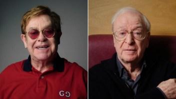 Elton John y Michael Cain compiten por un comercial contra el covid-19